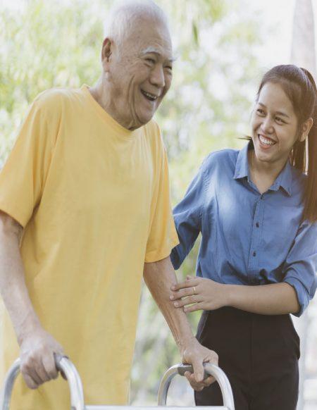 Quelles-sont-les-démarches-administratives-pour-avoir-l'aide-d'une-assistante-de-vie