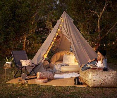 Faire du camping en famille dans son jardin
