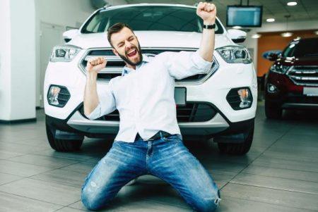 Quels accessoires à offrir à votre ami pour sa nouvelle voiture?