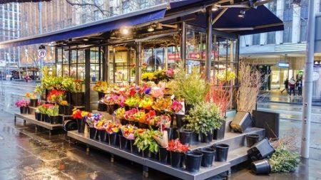 Qu'est-ce qui fait de la livraison de fleurs en ligne une option privilégiée ?